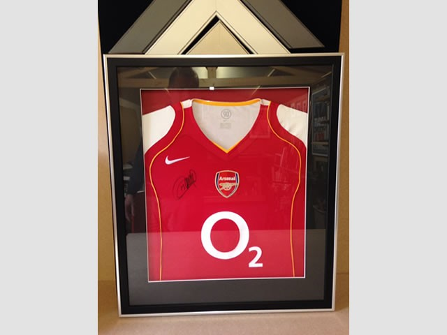 Signed Arsenal FC Thierry Henry Shirt